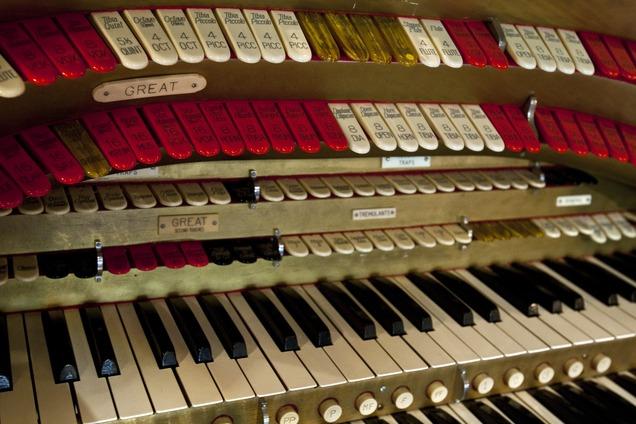 Edison Street Organ Keyboard